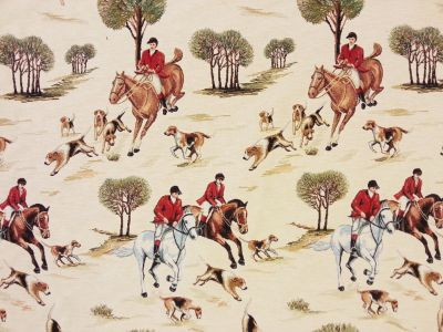 Fox Hunting Tapestry Multi T63