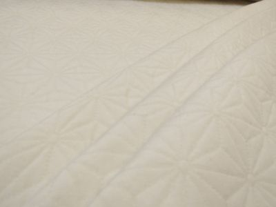 French Crystal Quilt Natural H144