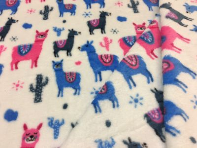Llama Cuddle Fleece Cream L119