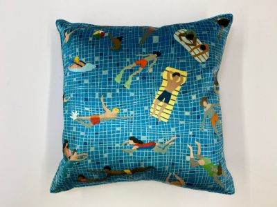 Swimmers Velvet Complete Cushion