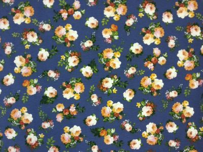 Small Cottage Flowers Blue T111