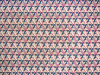 Retro Pyramid Blue Pink T173