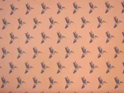 Hummingbird Blush Grey T202