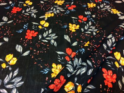 Floral Sprig Black Multi Tex Ex 1822